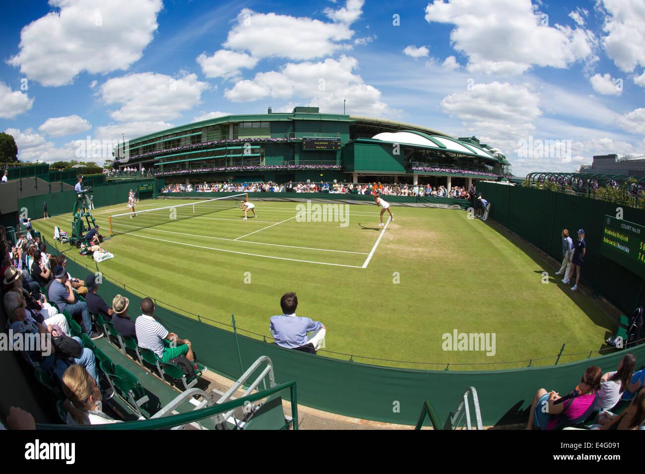Mostrar el Juzgado Nº19, Campeonatos de Tenis de Wimbledon 2014, al suroeste de Londres, Inglaterra, Reino Imagen De Stock