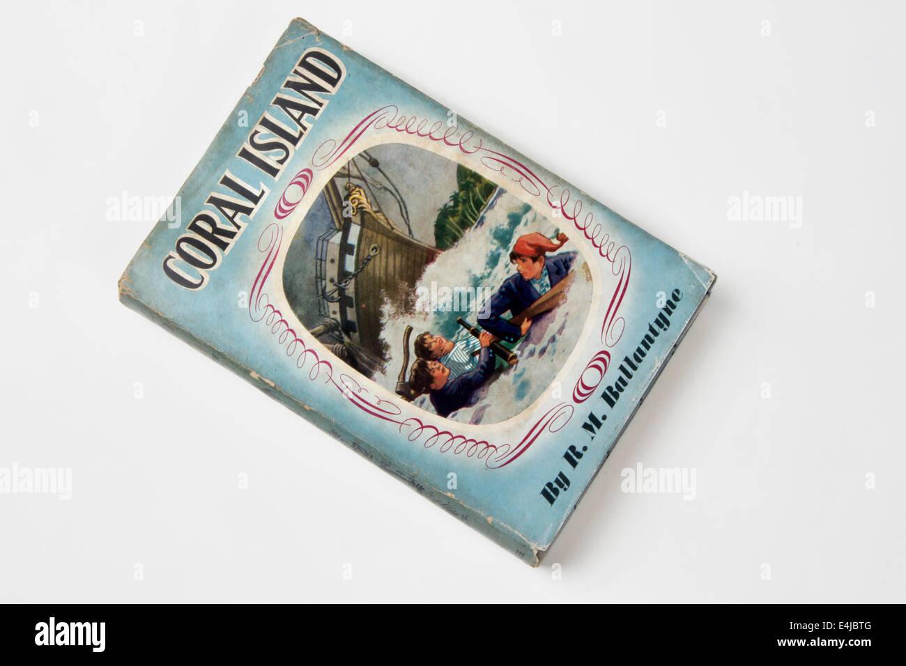 1950 copia del libro a la Isla de Coral, por R M Ballantyne Imagen De Stock