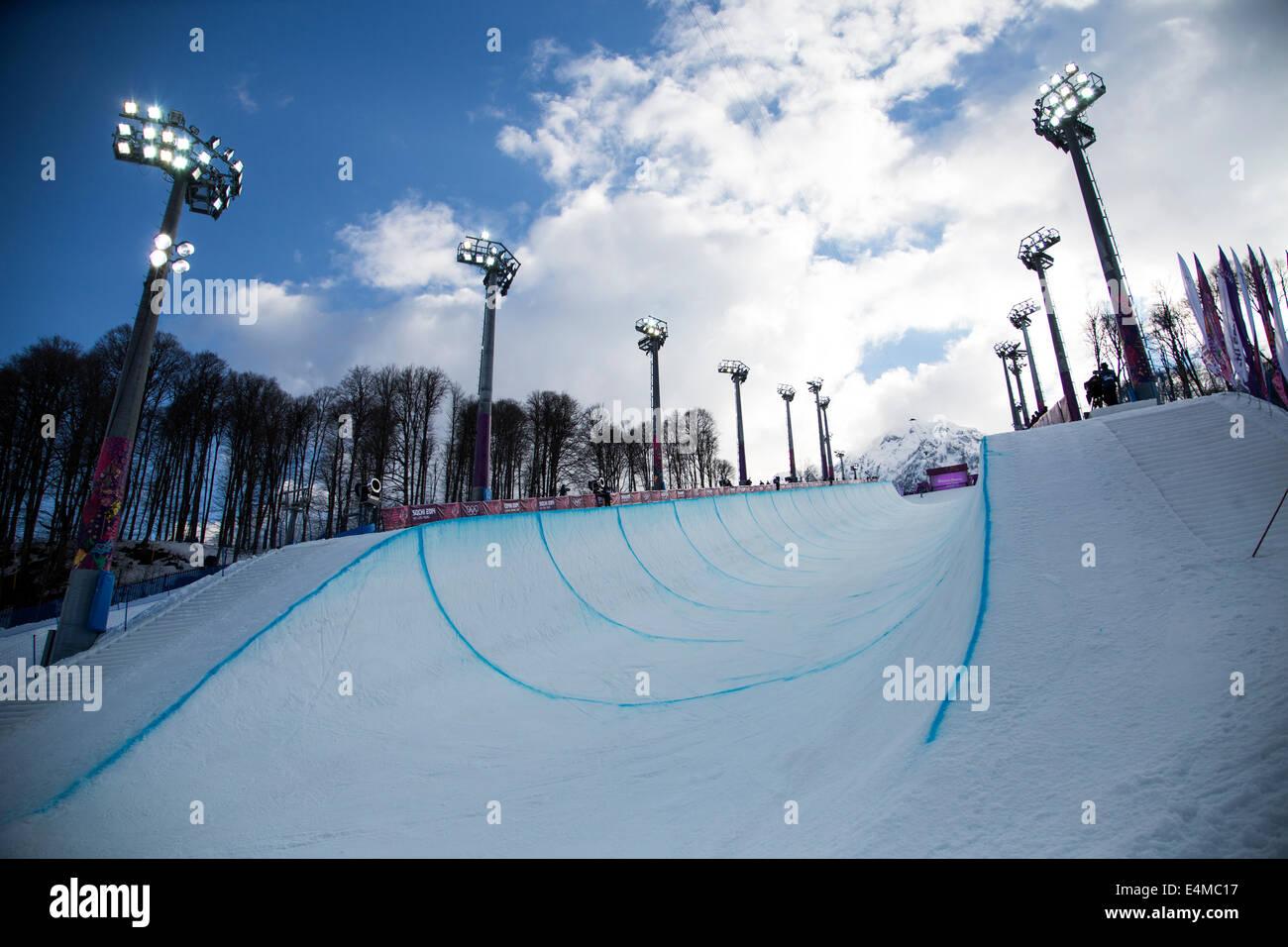Snowboard Halfpipe En Rosa Khutor Parque Extremo En Los Juegos