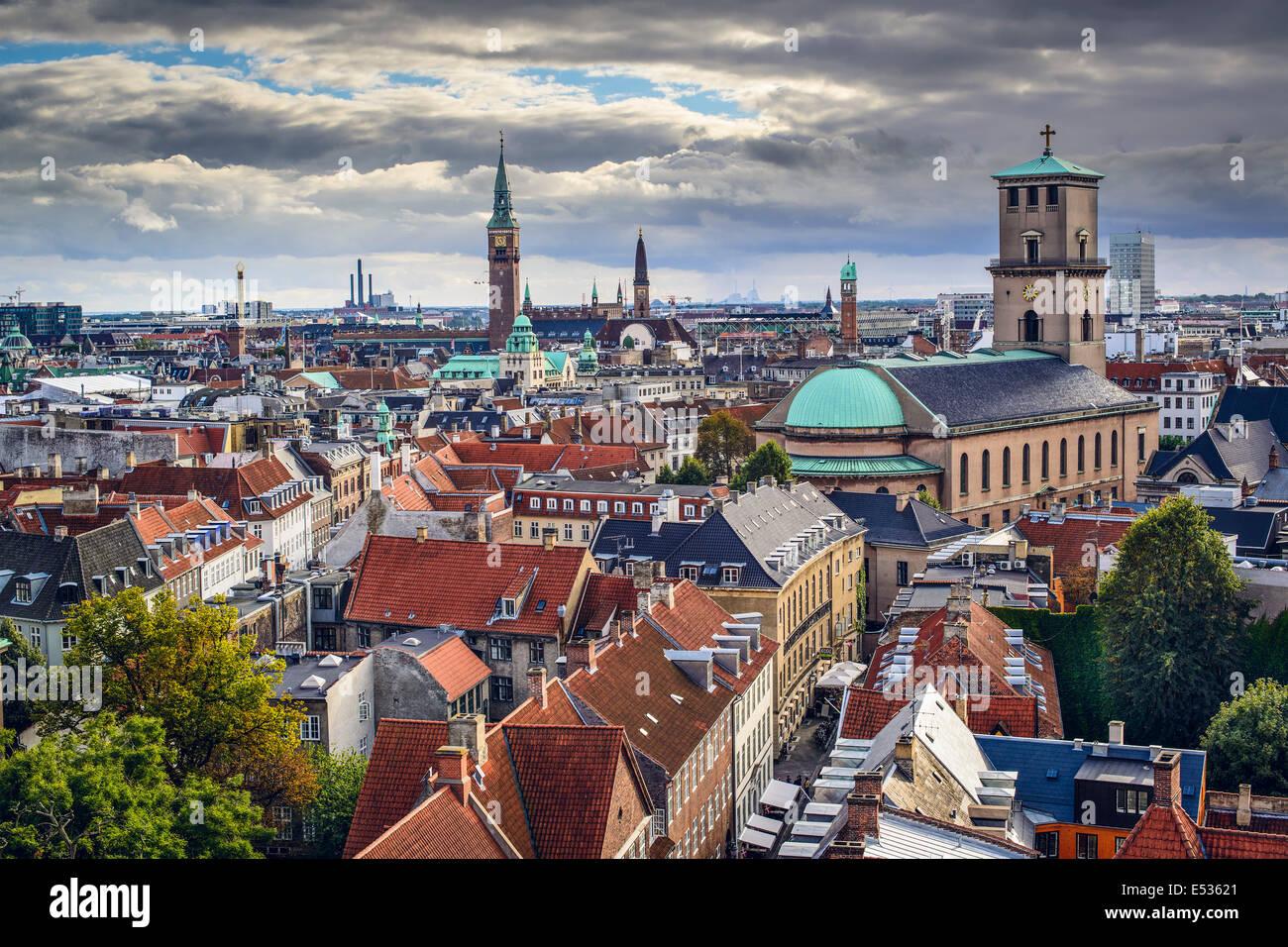 Copenhague, Dinamarca, el horizonte de la ciudad vieja. Foto de stock