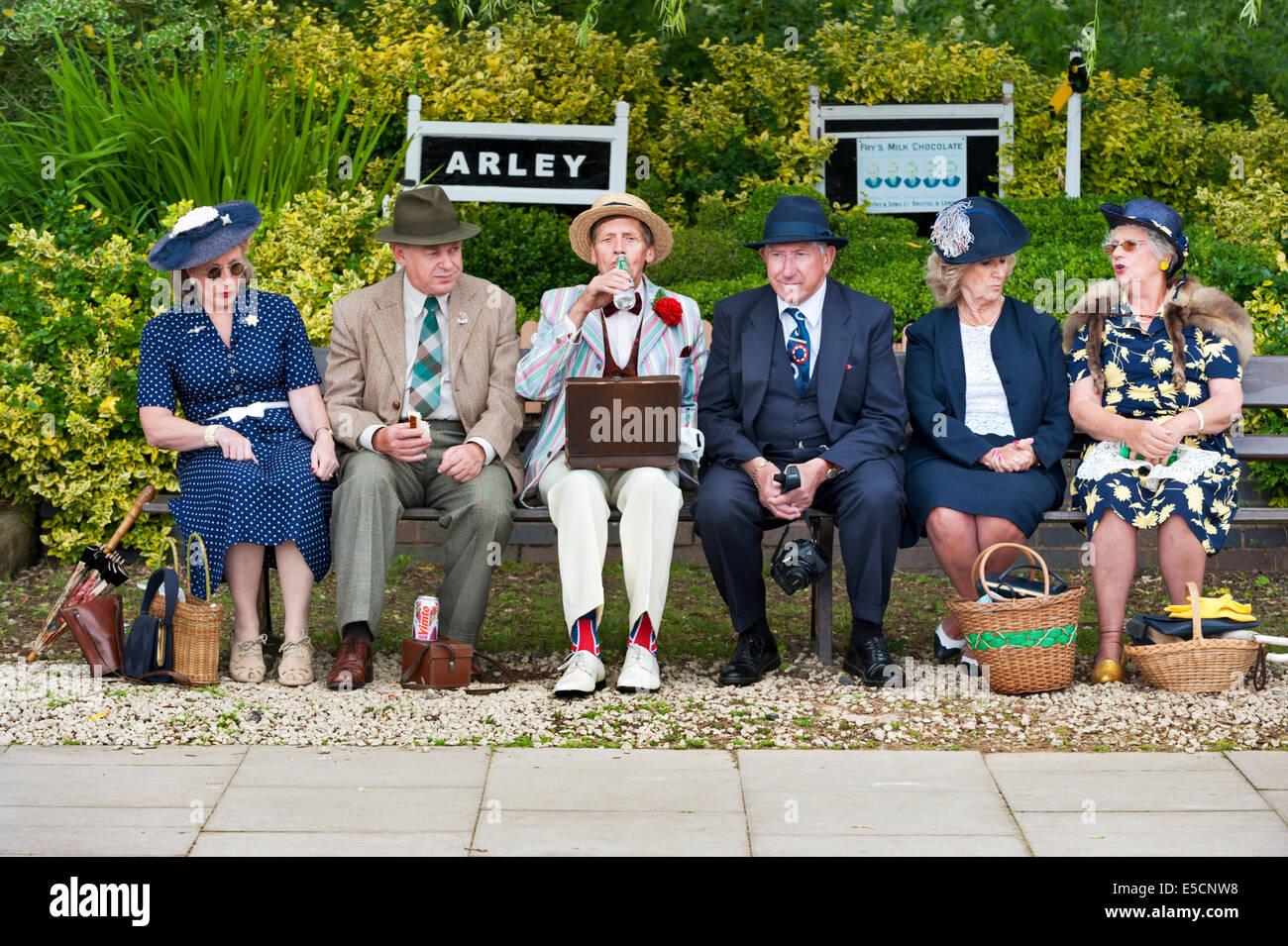 1940 Fin de semana en Arley Station, Worcestershire, en el Severn Valley Railway, 2014 Imagen De Stock