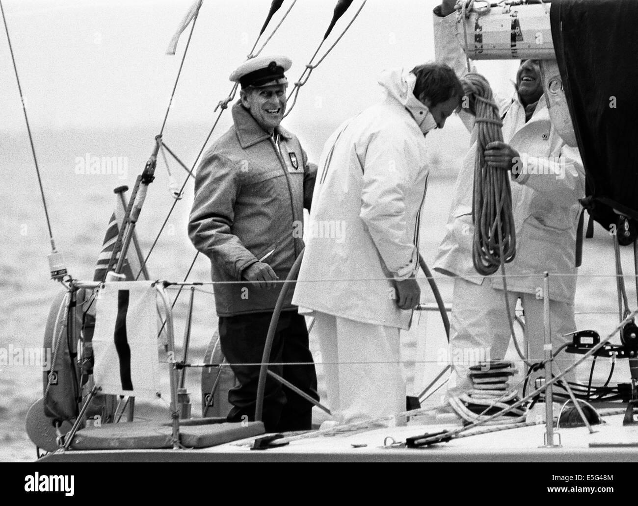 COWES, Inglaterra-Duque a cargo de Su Alteza Real el Príncipe Felipe, Duque de Edimburgo EN LA RUEDA DE YEOMAN Imagen De Stock