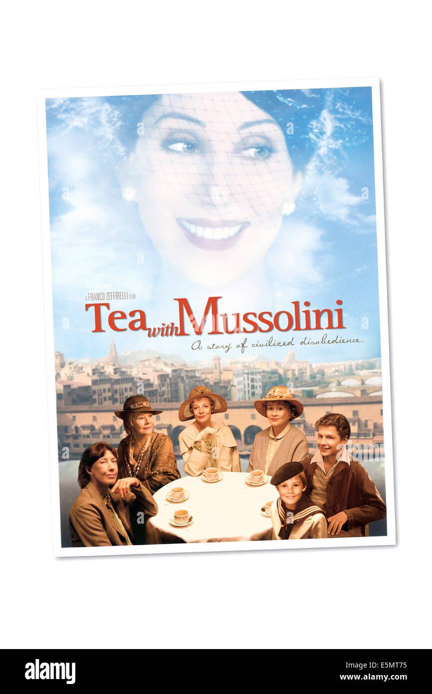 Té con Mussolini, (superior): Cher, (en el sentido de las agujas del reloj desde la parte inferior izquierda): Lily Tomlin, Judi Dench, Maggie Smith, Joan Plowright, Baird Foto de stock