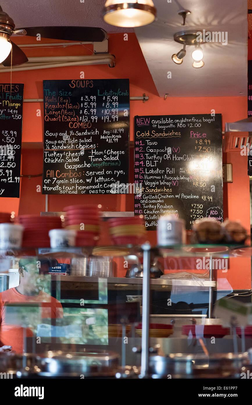 Pequeña cafetería interior, EE.UU. Foto de stock