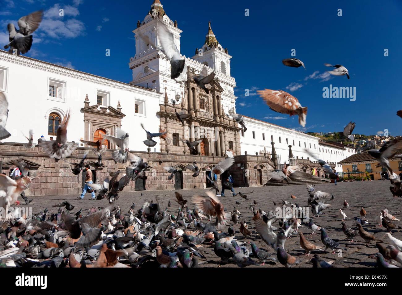 Plaza de San Francisco de Quito, Ecuador Imagen De Stock