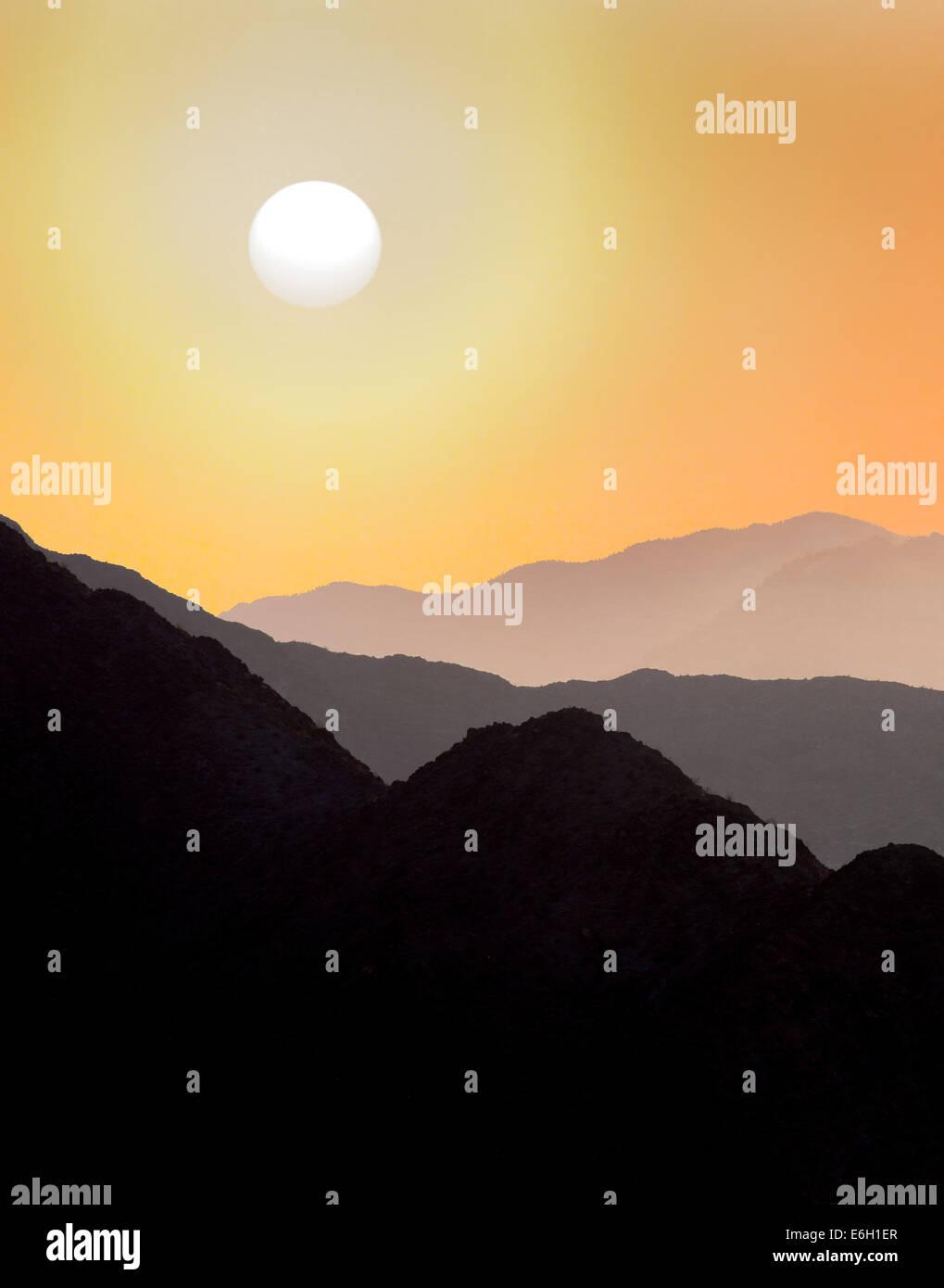 Colinas de Santa Rosa y San Jacinto Mountains National Monument y el atardecer, California Imagen De Stock