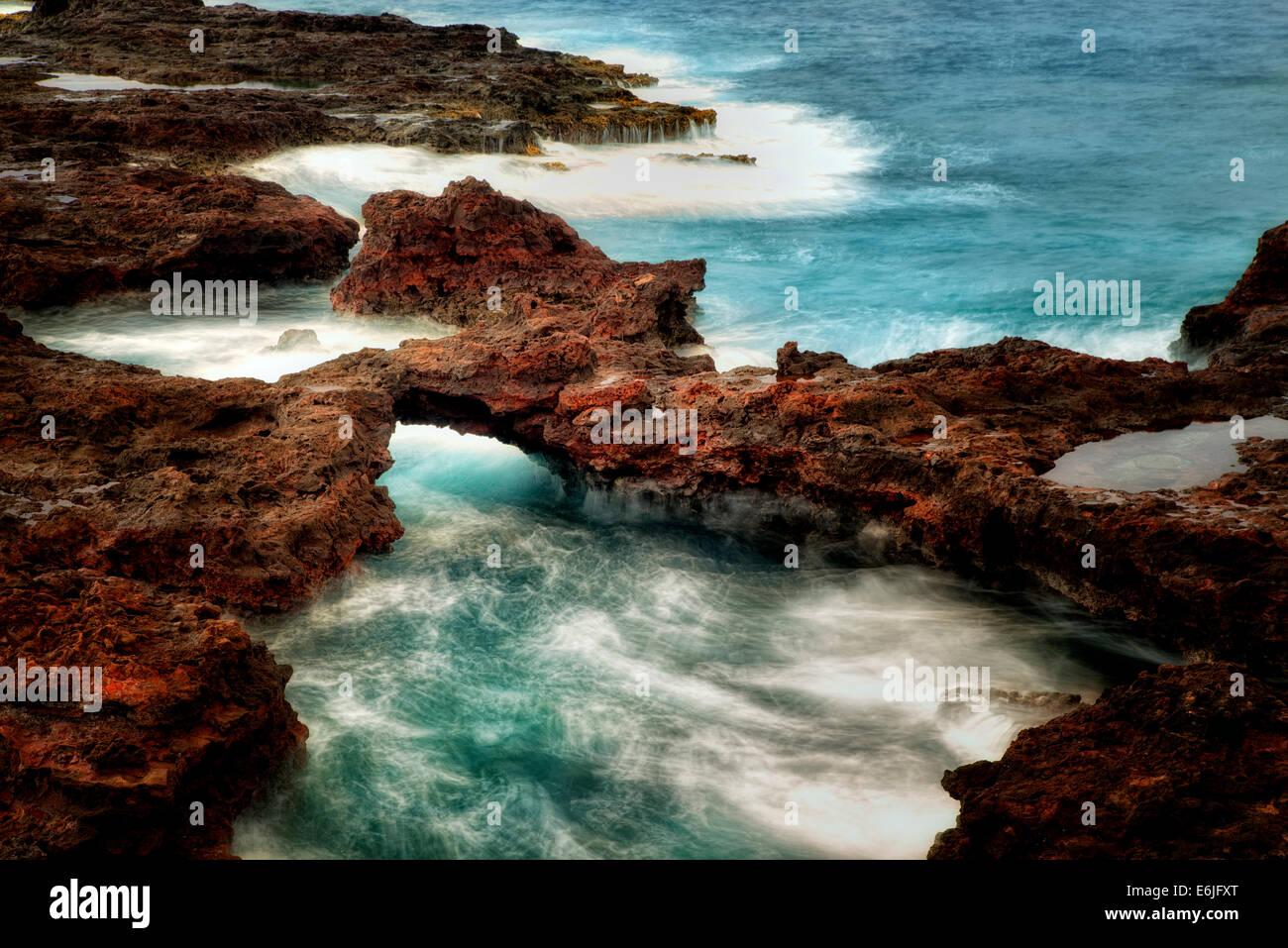 Arch en el balcón de la costa. Hawaii Imagen De Stock
