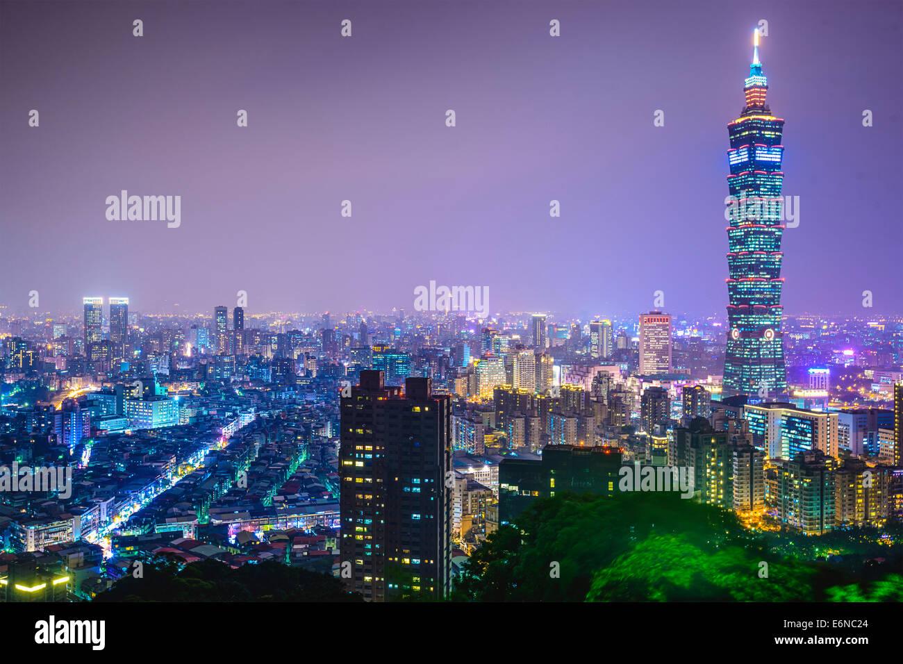 Perfil del centro de la ciudad de Taipei, Taiwan. Imagen De Stock