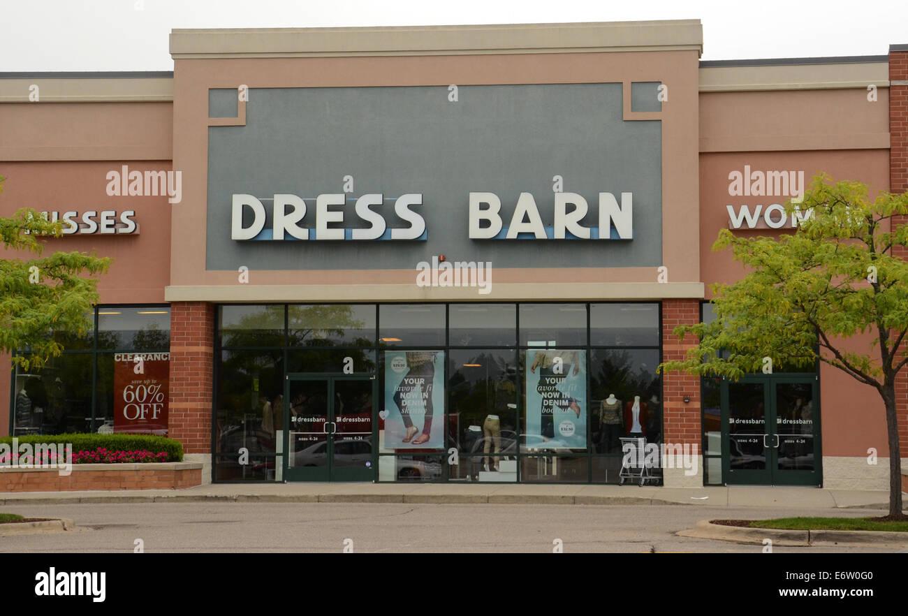 ANN ARBOR, MI - Agosto 24: Dress Barn este almacén de Ann Arbor es mostrado el 24 de agosto de 2014. Foto de stock