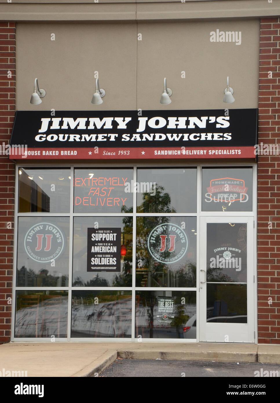 ANN ARBOR, MI - Agosto 24: Jimmy John's East Ann Arbor store es mostrado el 24 de agosto de 2014. Foto de stock