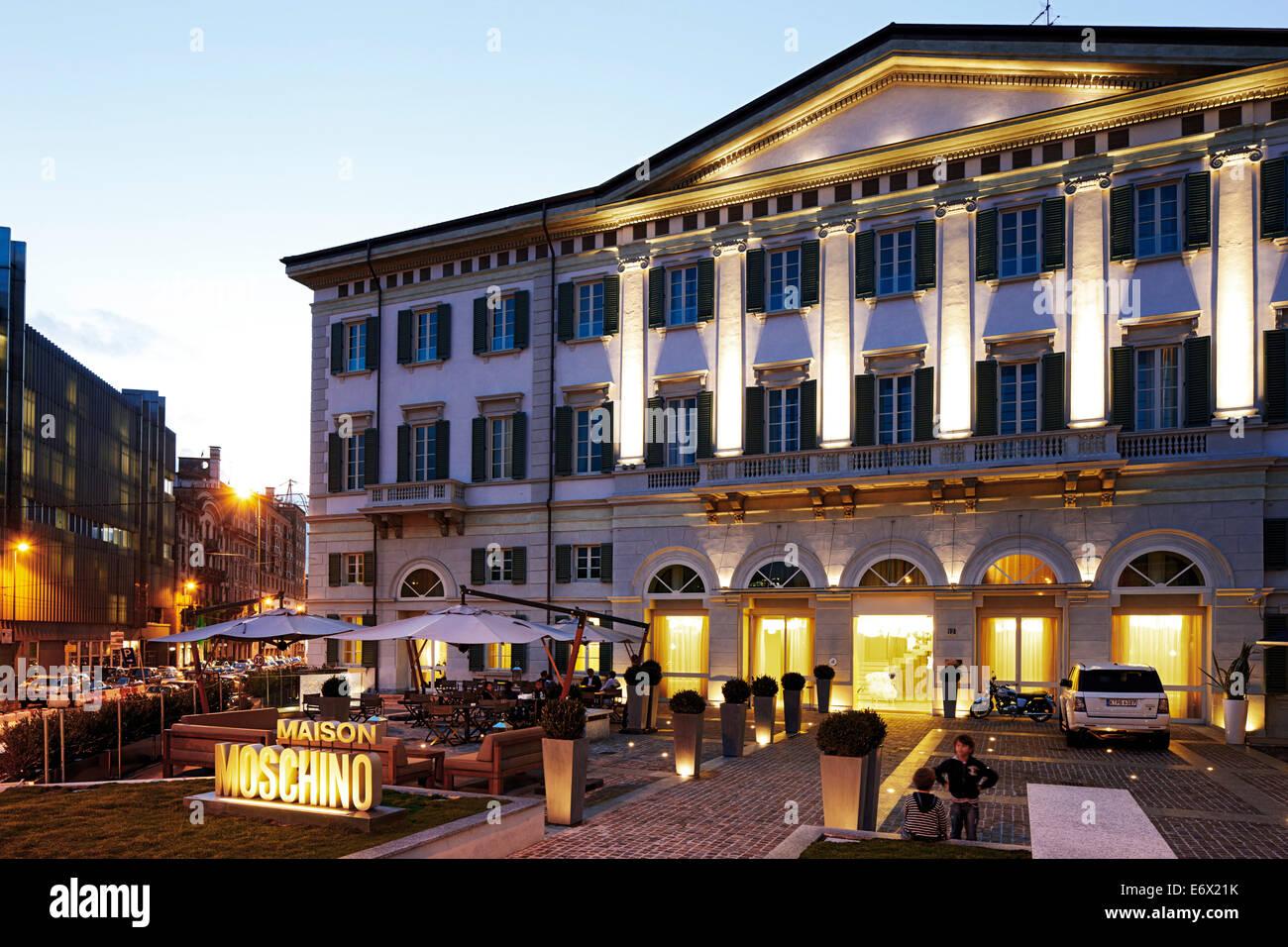 Vista exterior del Hotel Maison Moschino, Via Monte Grappa 12, Milan, Italia. Foto de stock