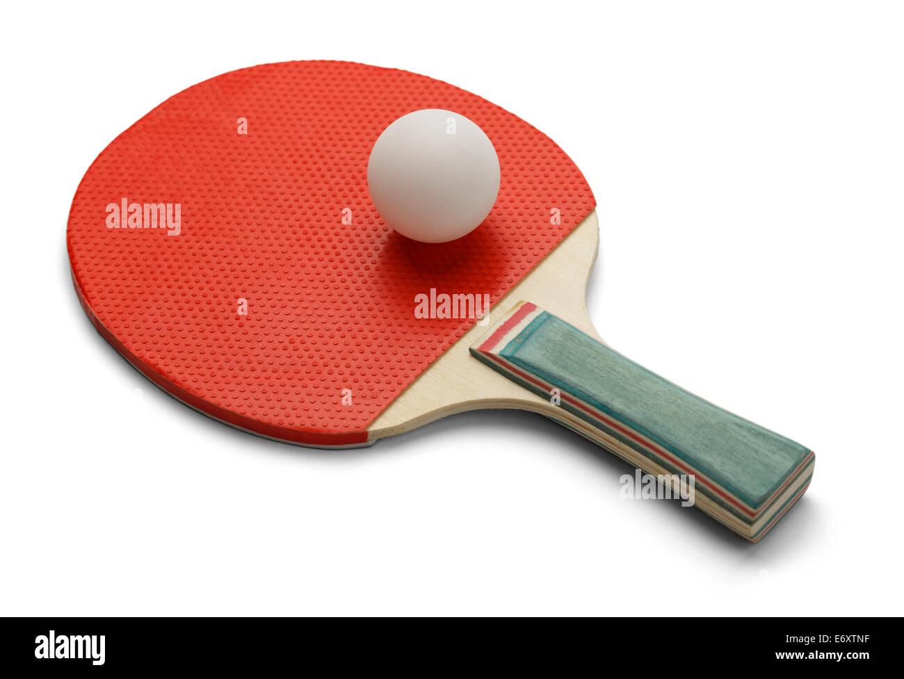 Pala de Tenis de mesa y ping pong Ball aislado sobre fondo blanco. Imagen De Stock