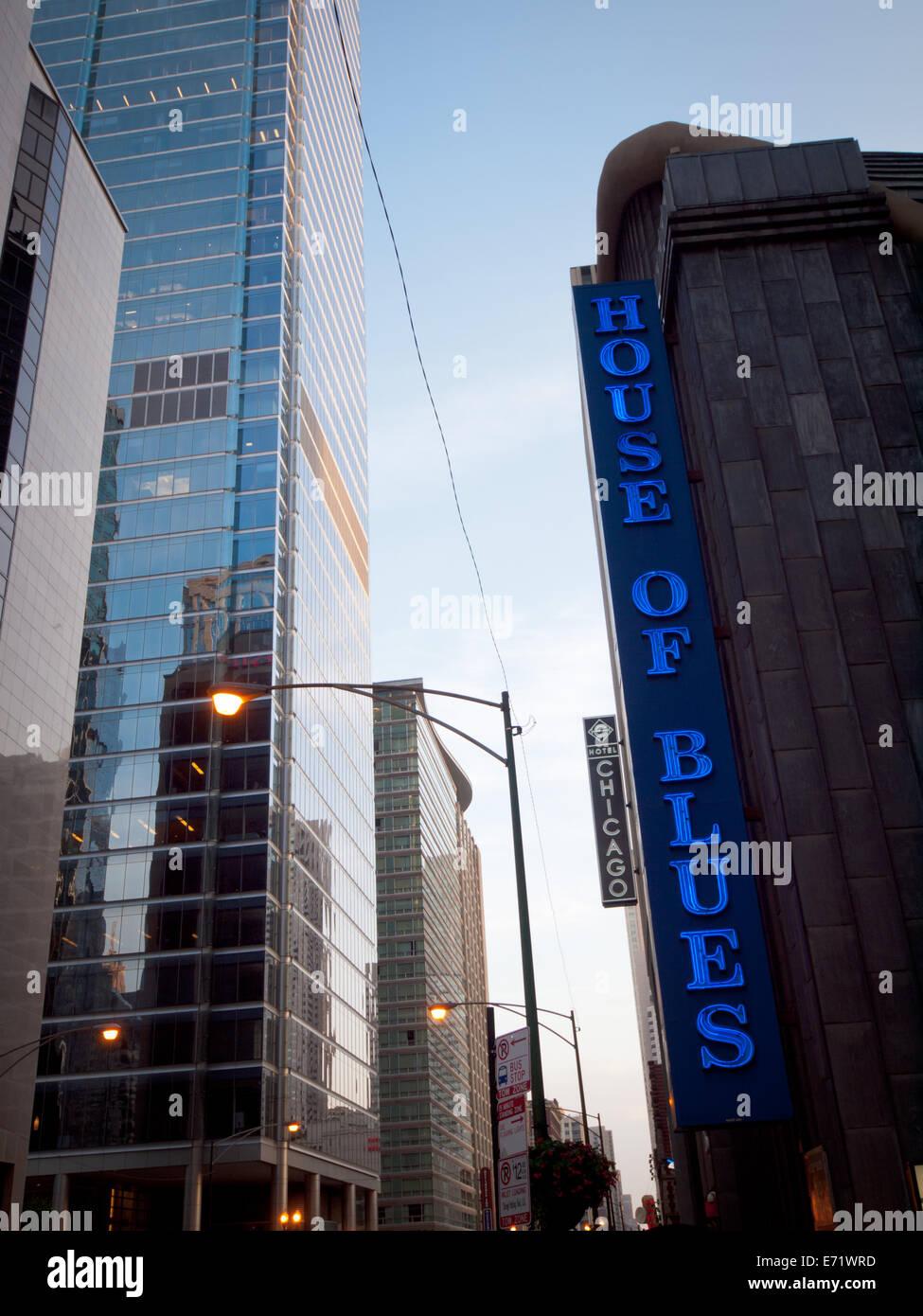 Una vista del signo externo de la House of Blues en North Dearborn Street en Chicago, Illinois. Imagen De Stock