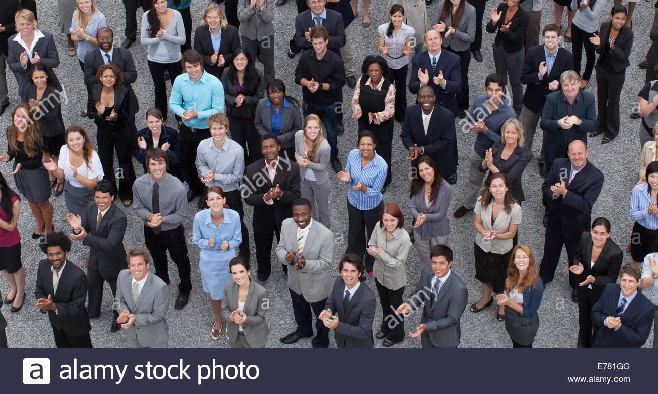 Multitud de palmas gente de negocios Imagen De Stock