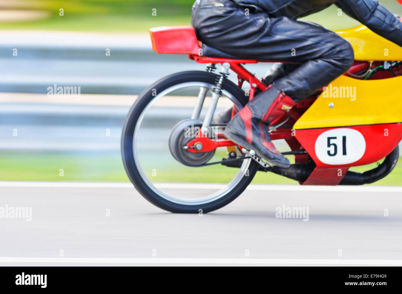 Moto Moto de carreras en un circuito Imagen De Stock