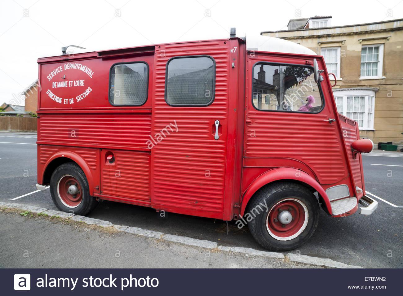 Rojo viejo Citroën H van Foto de stock