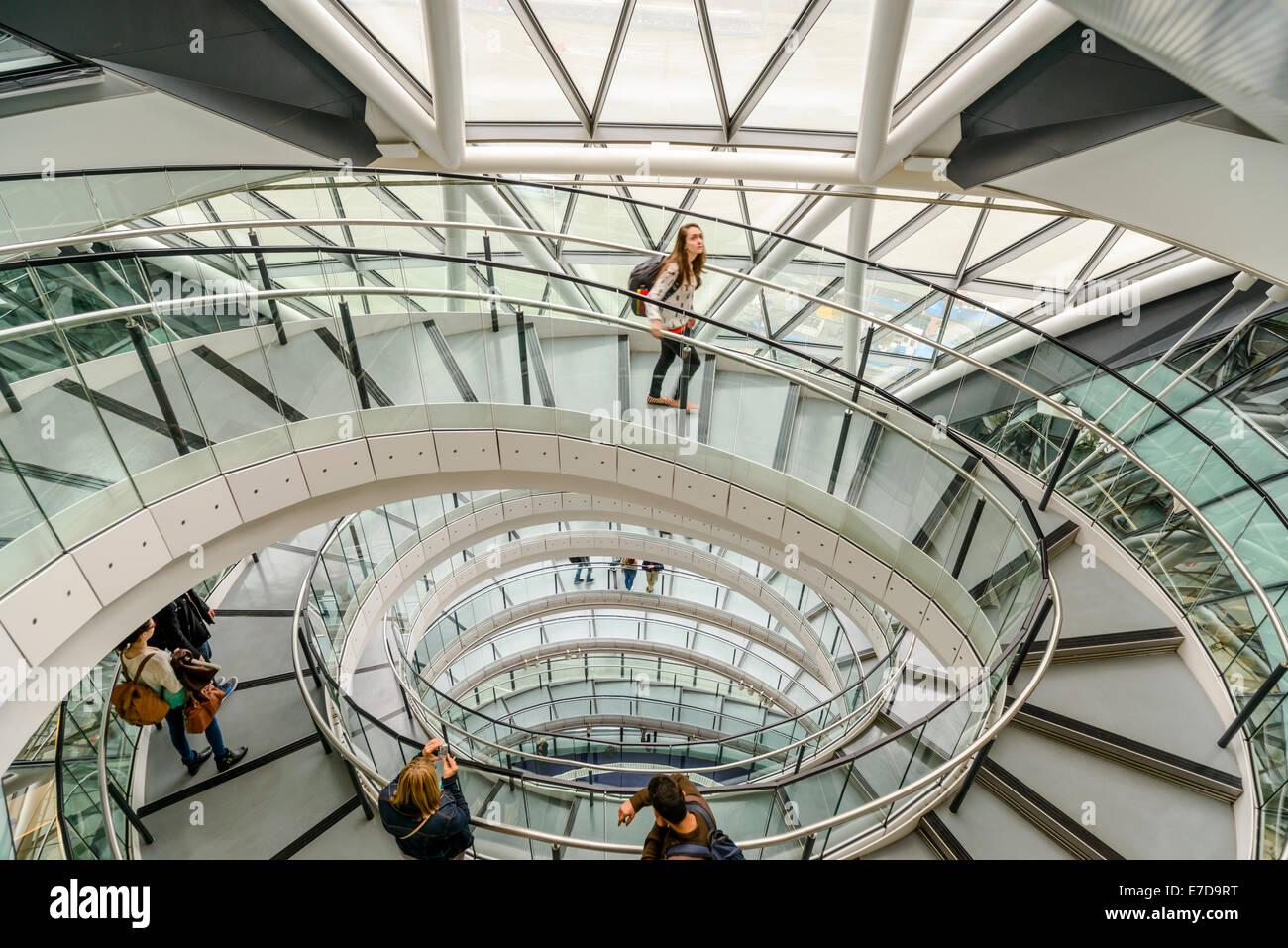 El London City Hall interior durante el Fin de Semana de Puertas Abiertas, Southwark, Londres Imagen De Stock