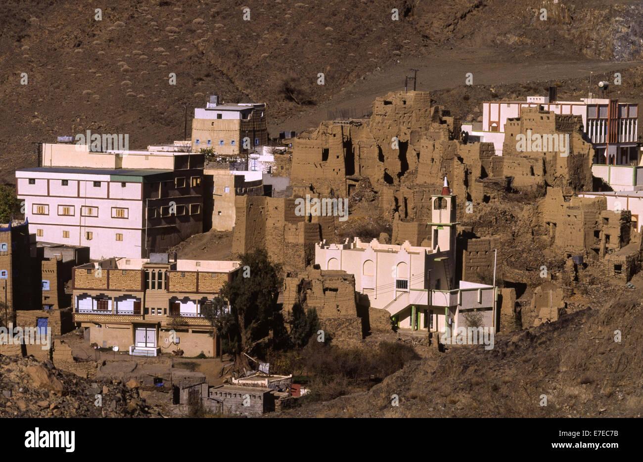 Casas de paredes de barro ENTRE LOS NUEVOS ASIR EN ARABIA SAUDITA Imagen De Stock