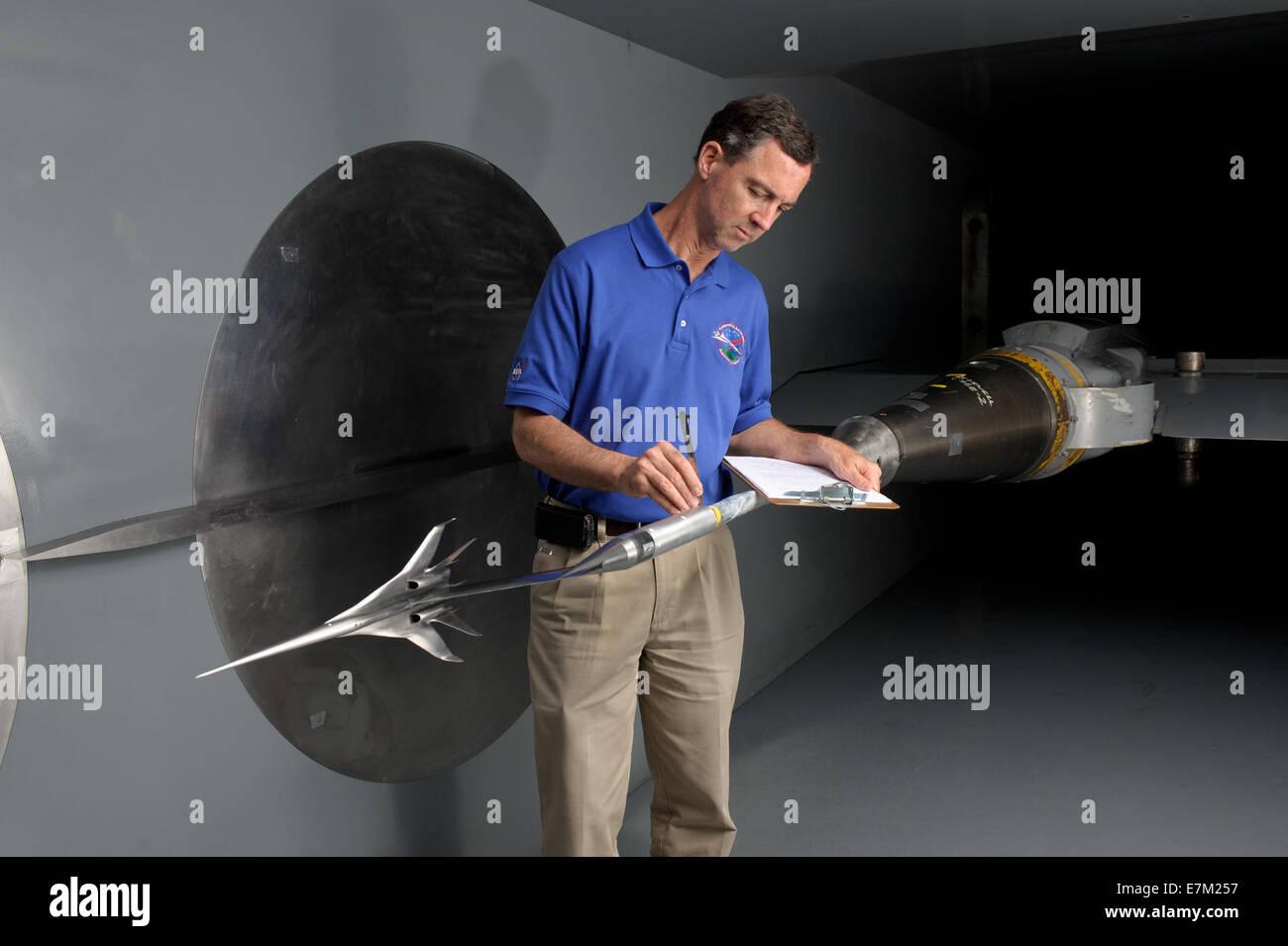 Los centros de la NASA se unen para abordar de Sonic Boom Foto de stock