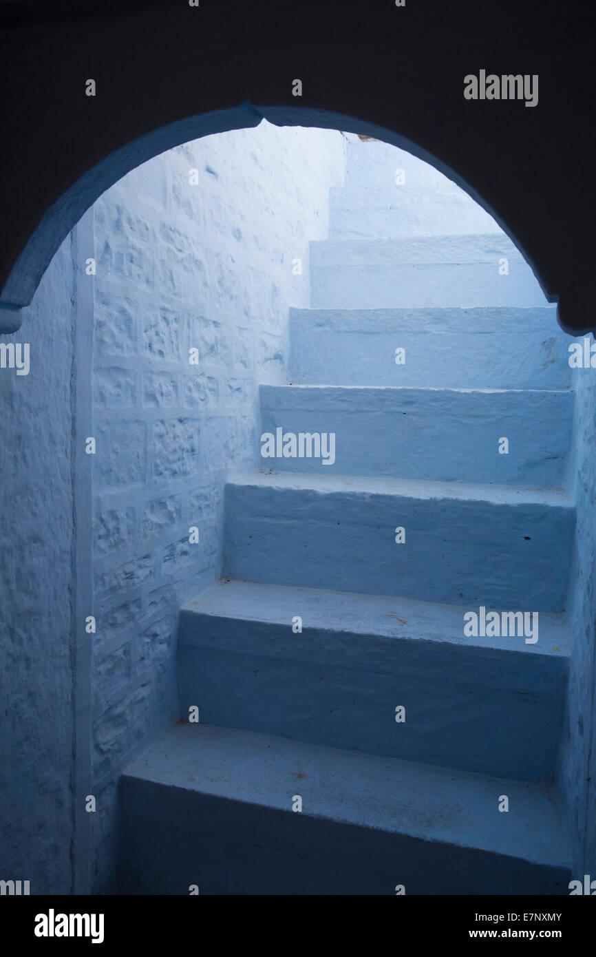 La India, escalera, en Asia, en detalle, la arquitectura, la luz, el blanco, Imagen De Stock