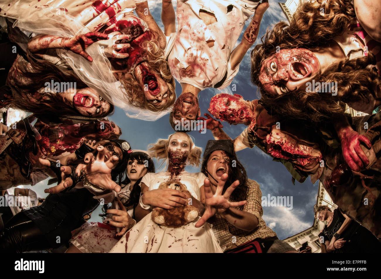 Turín, Italia. 21 Sep, 2014. Zombie Walk en Turín, Italia. Crédito: Realmente fácil Star/Alamy Imagen De Stock
