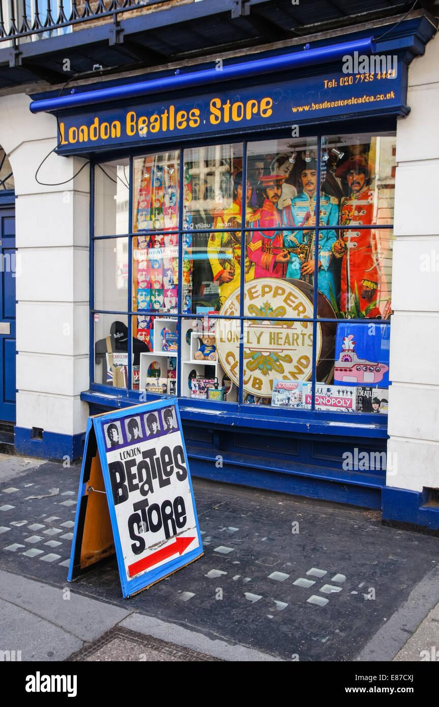 London Beatles Store en Baker Street en Londres, Inglaterra, Reino Unido Imagen De Stock
