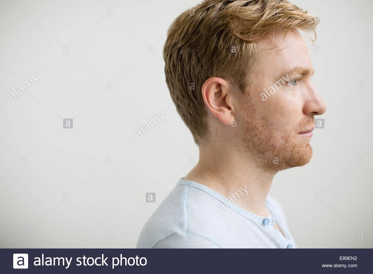 Perfil Del Hombre Con El Pelo Rubio Fresa Foto Imagen De Stock - Pelo-rubio-hombre