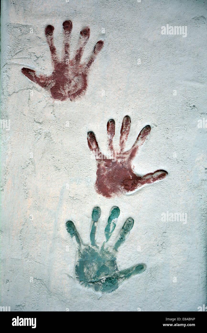 Impresión de mano icono coloreado, ilustración vectorial Imagen De Stock
