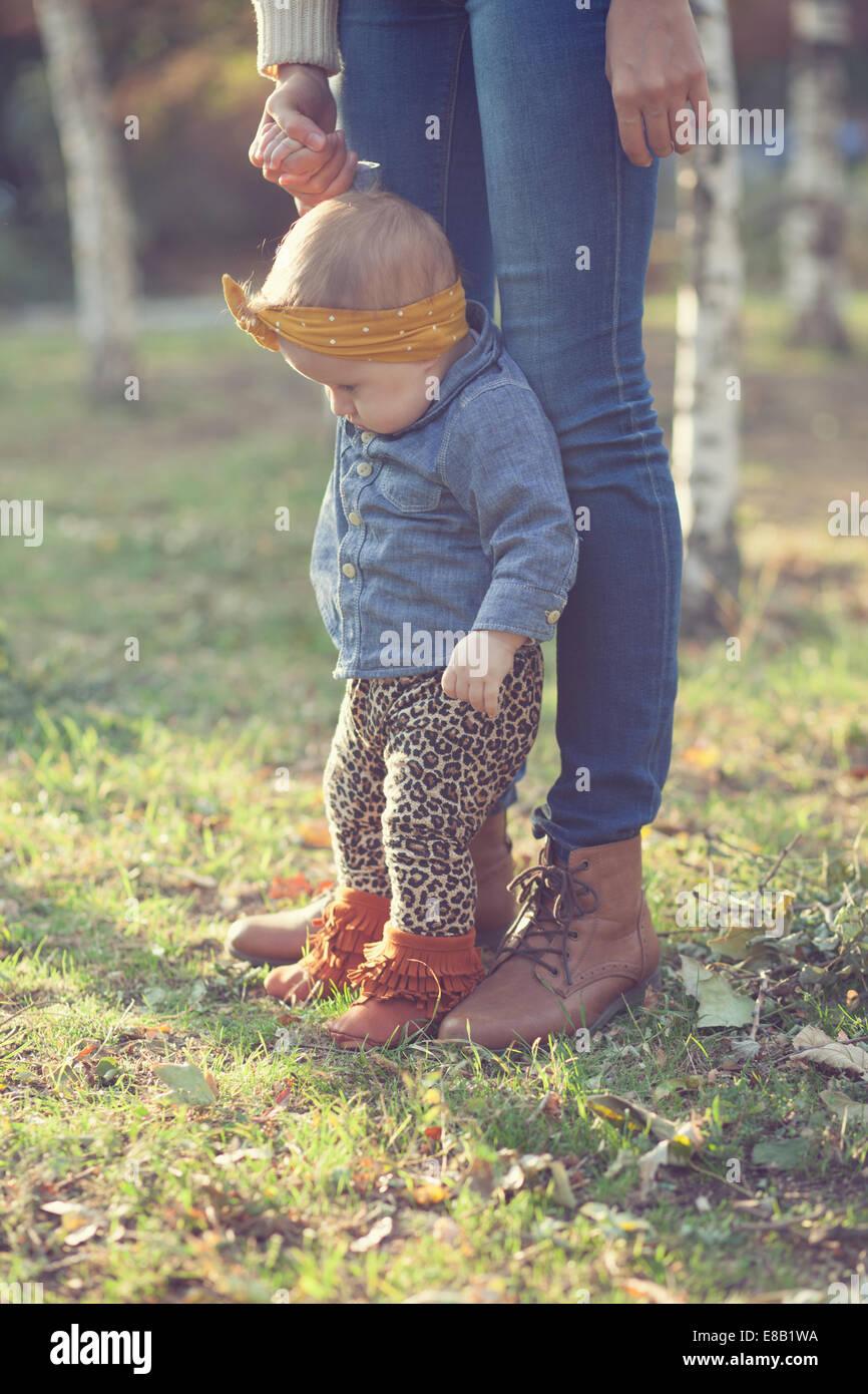 Elegante seis meses bebé Imagen De Stock