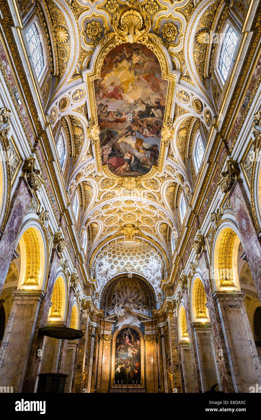 Iglesia De San Luis De Los Franceses Fotos e Imágenes de stock - Alamy