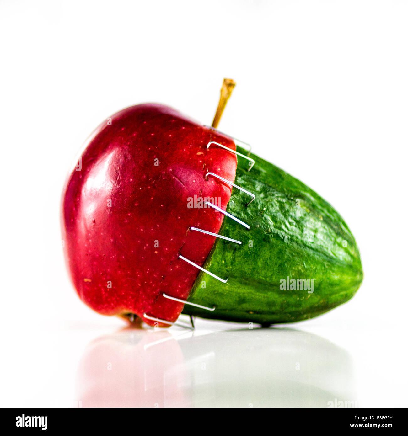 Apple y pepino grapa Imagen De Stock