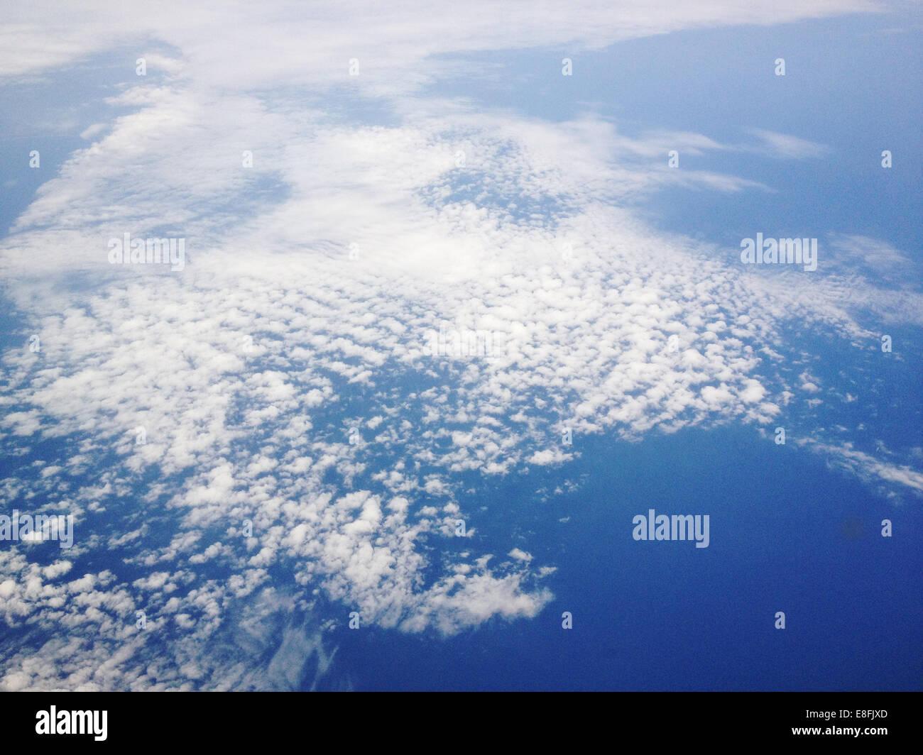 Dinamarca, nubes cirrus desde arriba Imagen De Stock