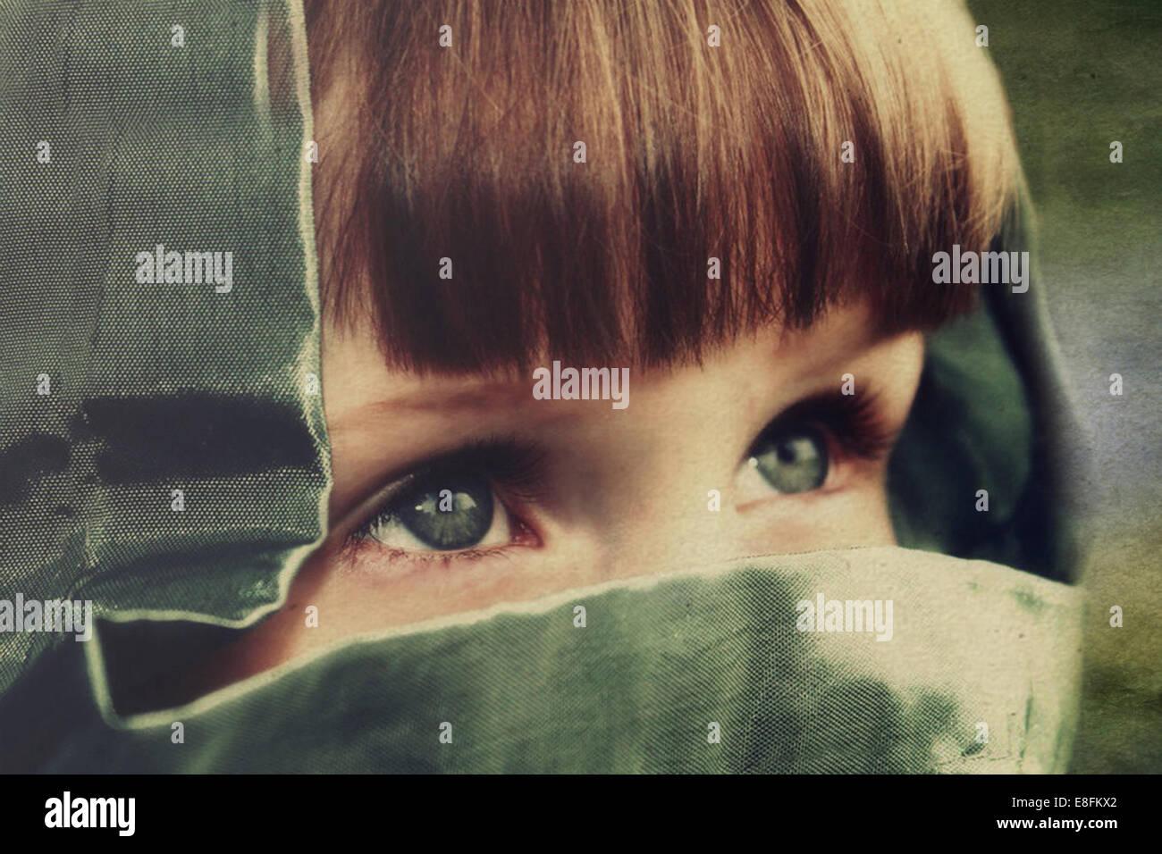 Close-up de chica que llevaba el capó Imagen De Stock