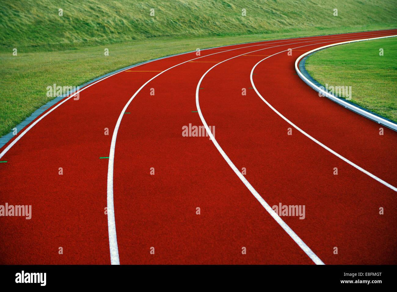 Cerca de la pista de atletismo Imagen De Stock