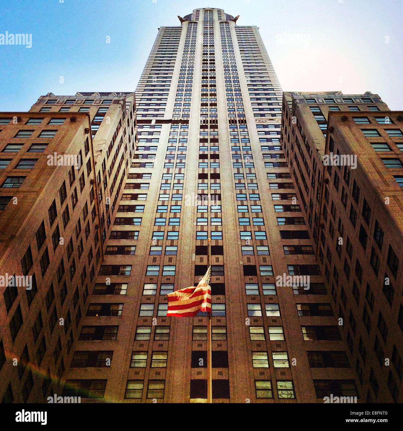 Ee.Uu., Estado de Nueva York, Ciudad de Nueva York, vista de ángulo bajo del edificio Chrysler Imagen De Stock