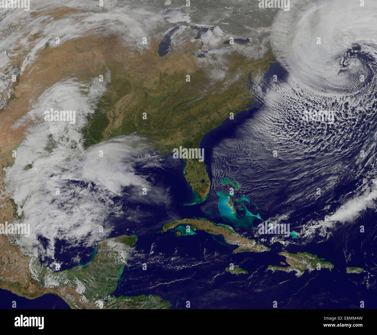 Marzo 26, 2014 - Vista satélite de una fuerte tormenta costera en la costa de Nueva Inglaterra, Estados Unidos. Foto de stock