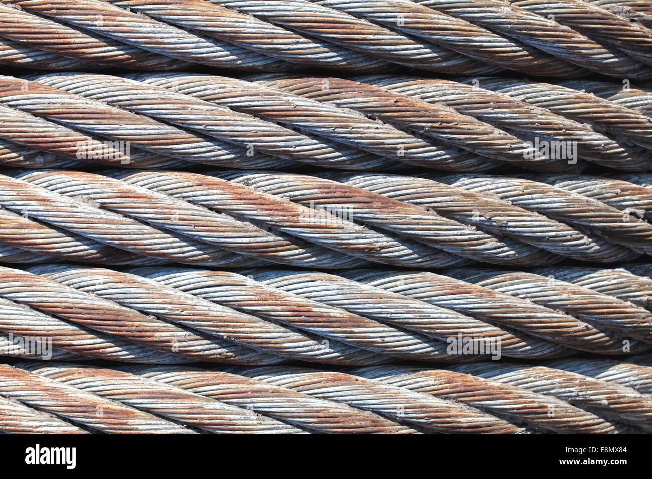 Cierre de viejos de cable de acero. Imagen De Stock