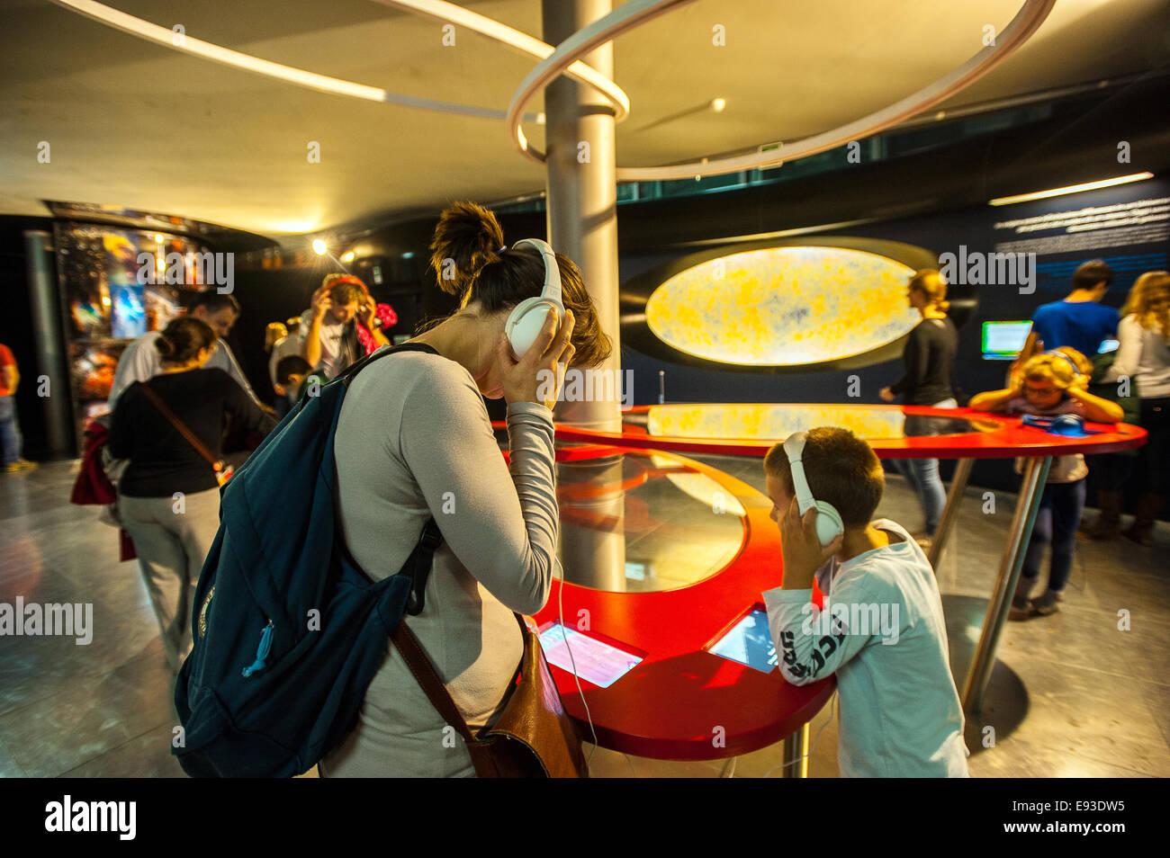 Italia Turín Piamonte Pino Torinese Inauguración de la nueva zona de museos del Museo de Turín planetario astronomía y espacio INFINI.Al 17 de octubre de 2014 Foto de stock