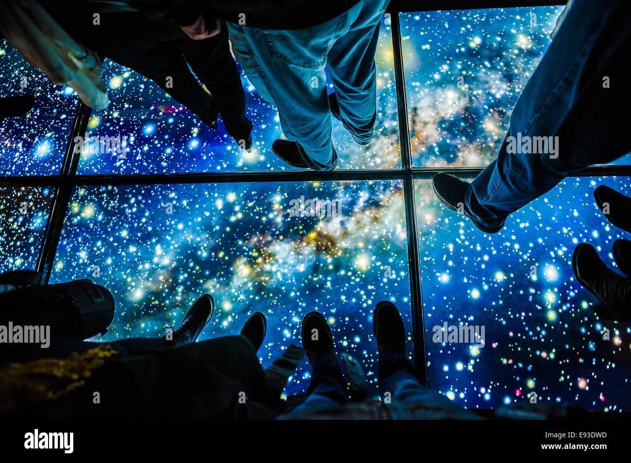 Italia Turín Piamonte Pino Torinese Inauguración de la nueva zona de museos del Museo de Turín planetario astronomía y espacio INFINI.Al 17 de octubre de 2014 - Piso de estrellas Foto de stock