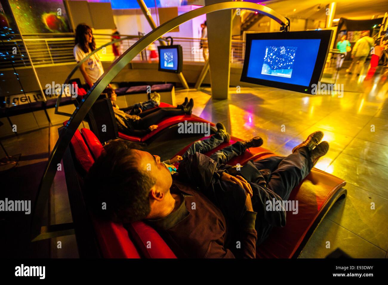 Italia Turín Piamonte Pino Torinese Inauguración de la nueva zona de museos del Museo de Turín planetario astronomía y espacio INFINI.Al 17 de octubre de 2014 - Mediateca Foto de stock