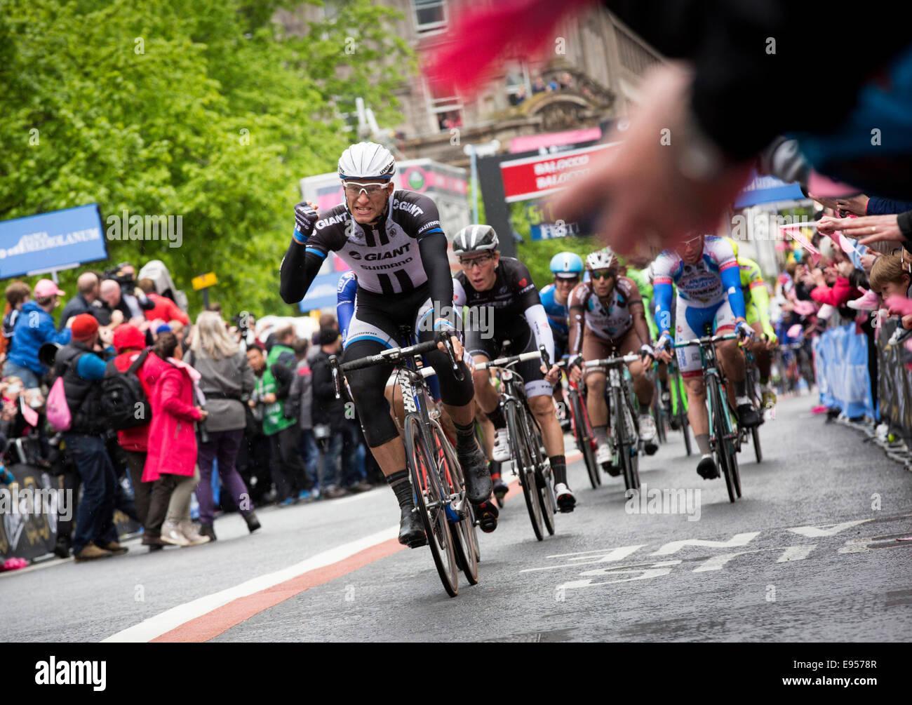 Giro d'Itala finish line en Belfast, Irlanda del Norte de 2014 Imagen De Stock