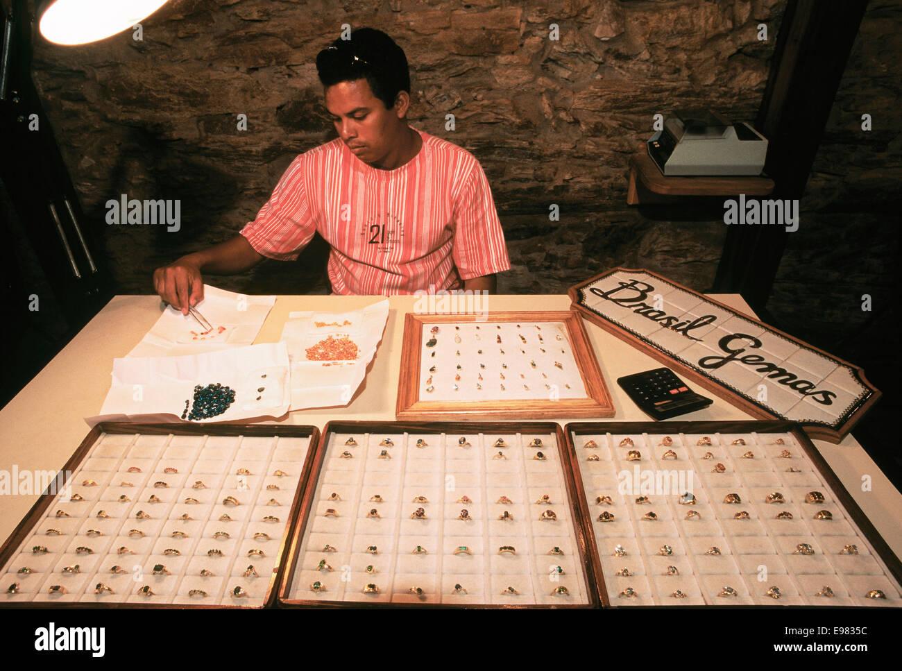 América, Brasil, Minas Gerais, Ouro Preto, Brasil, gemas semipreciosas Foto de stock