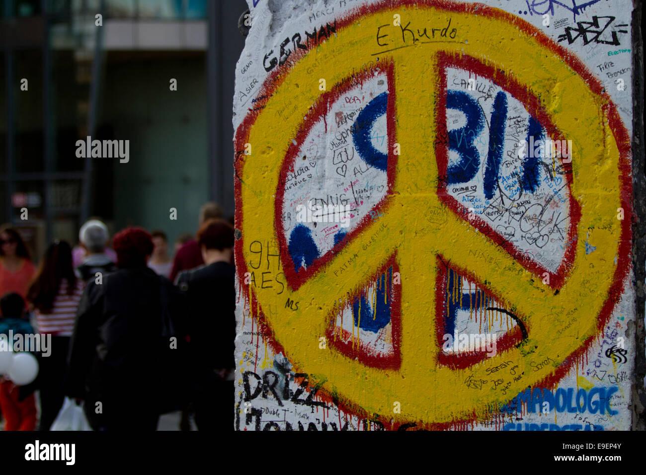 Cde paz graffiti Alemania la gente de la calle Imagen De Stock