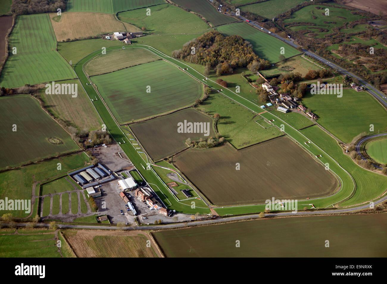 Vista aérea de Sedgefield hipódromo en el noreste de Inglaterra, Reino Unido. Imagen De Stock