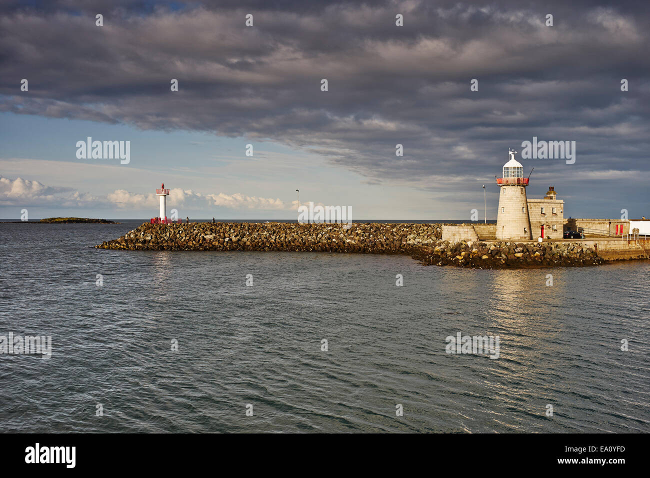 Vista del faro de Howth Howth, la Bahía de Dublín, República de Irlanda Foto de stock