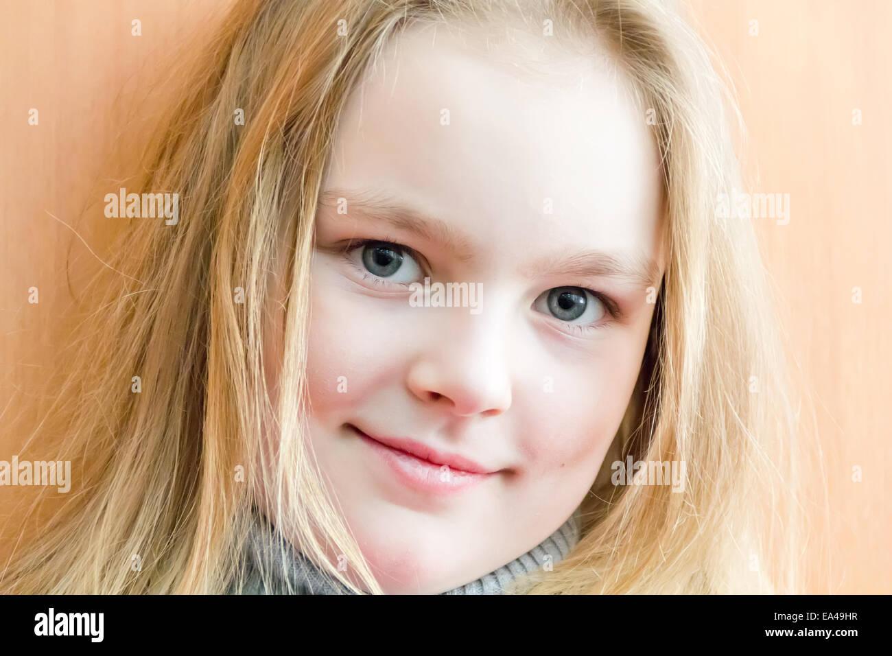 Linda chica siete años Imagen De Stock