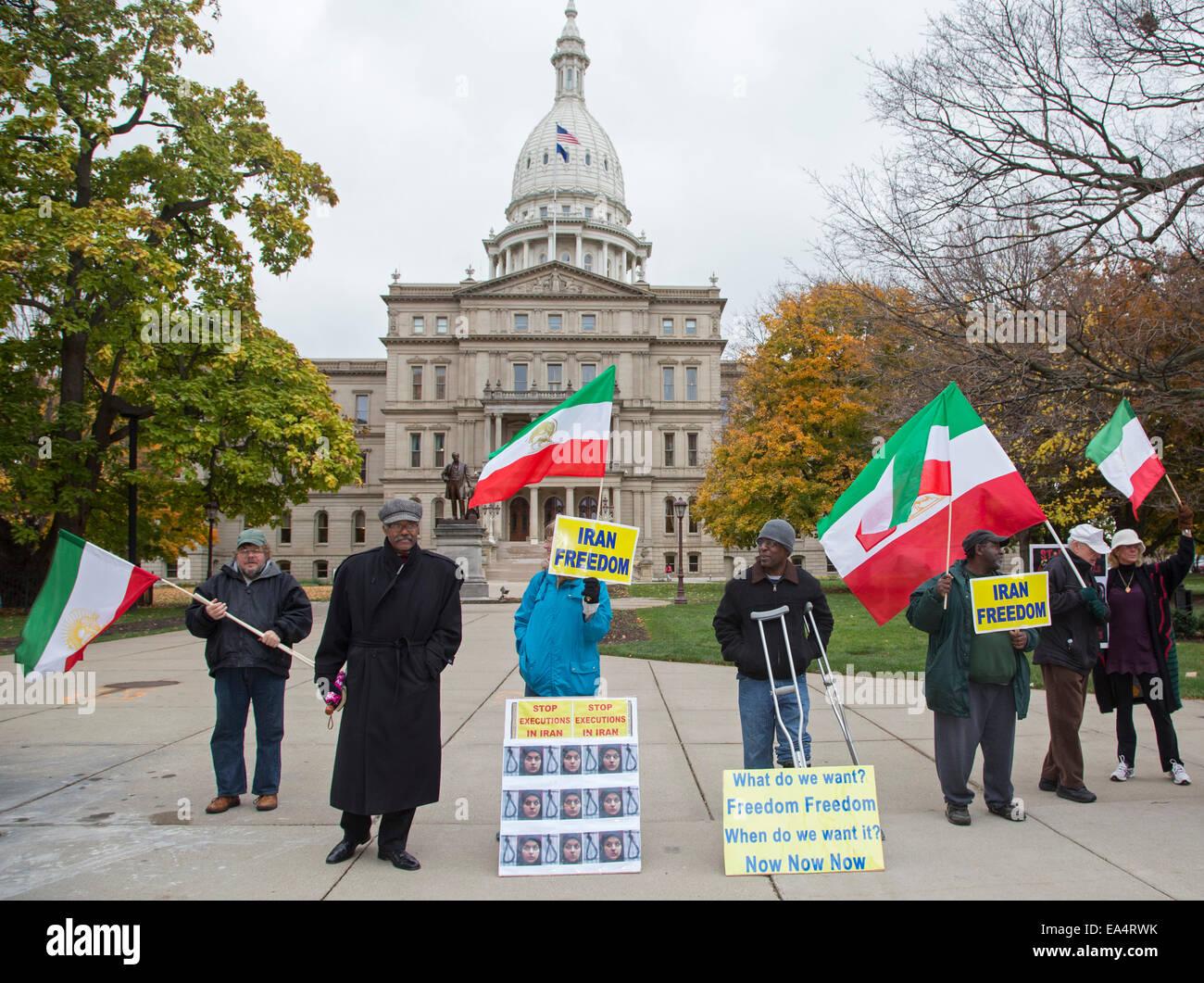 Lansing, Michigan - Miembros de la Fundación Estadounidense para la libertad para promover la democracia en Imagen De Stock