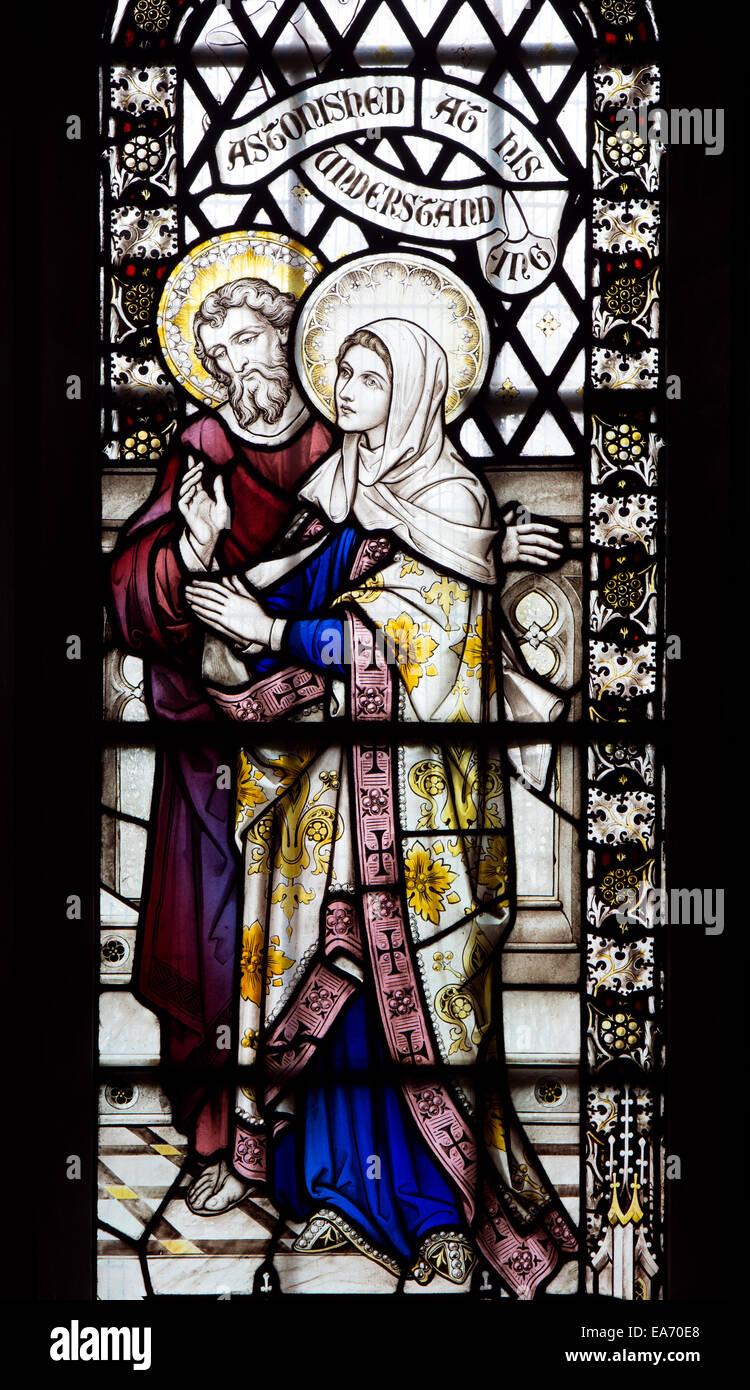 José y María vidrieras, la Basílica de San Marco, Leamington Spa ...