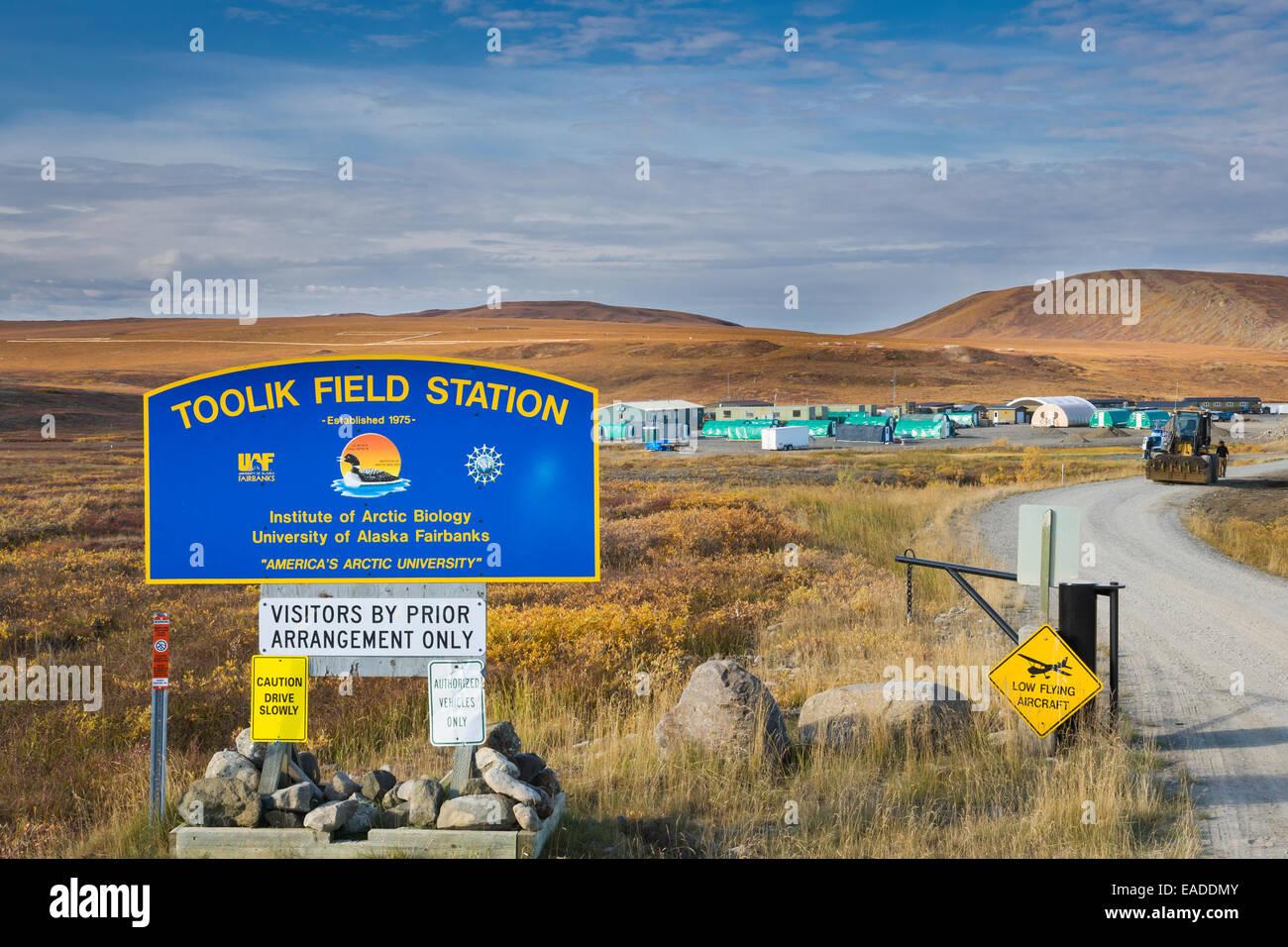 Universidad de Alaska, del Instituto de Biología Ártica Toolik Field Station, Brooks, Alaska. Imagen De Stock