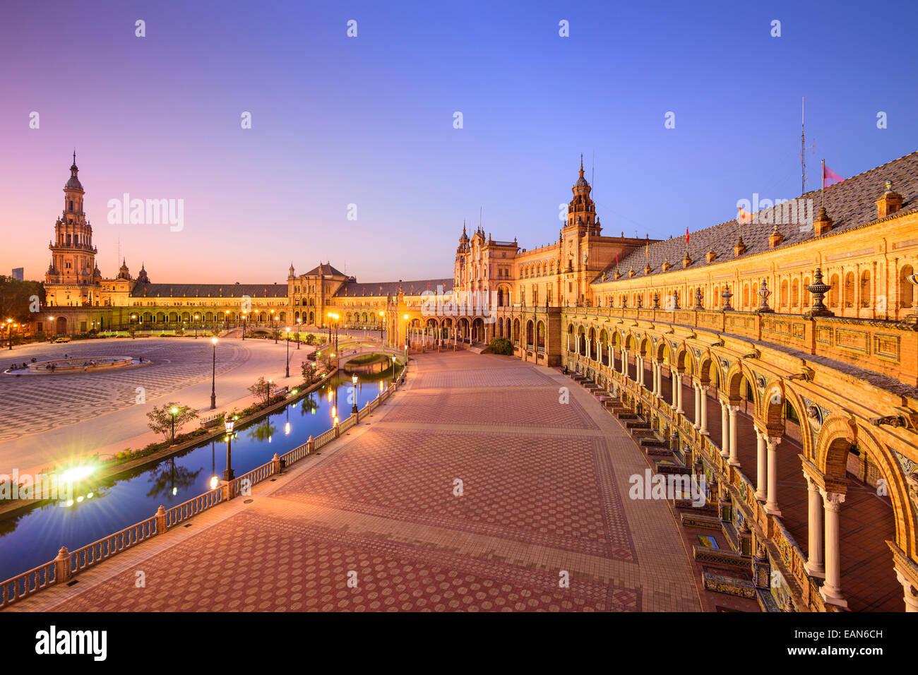 Sevilla, España, en la Plaza de España (Plaza de España). Imagen De Stock